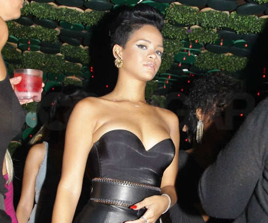 Photo Slide of Rihanna Partying in NYC