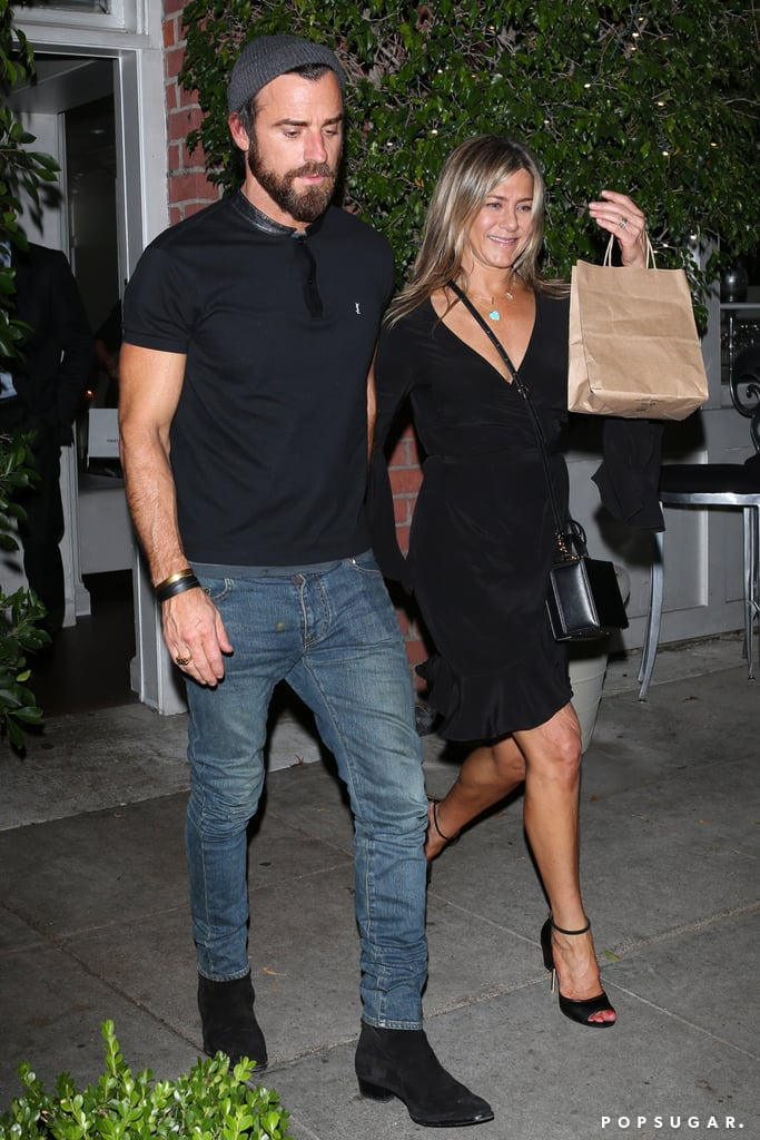"""Jennifer Aniston's Dress Doesn't Scream """"Look at Me,"""" but Her Tiny Bag Does"""
