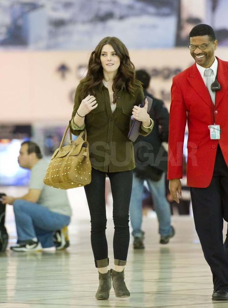 Ashley Greene leaving LA.