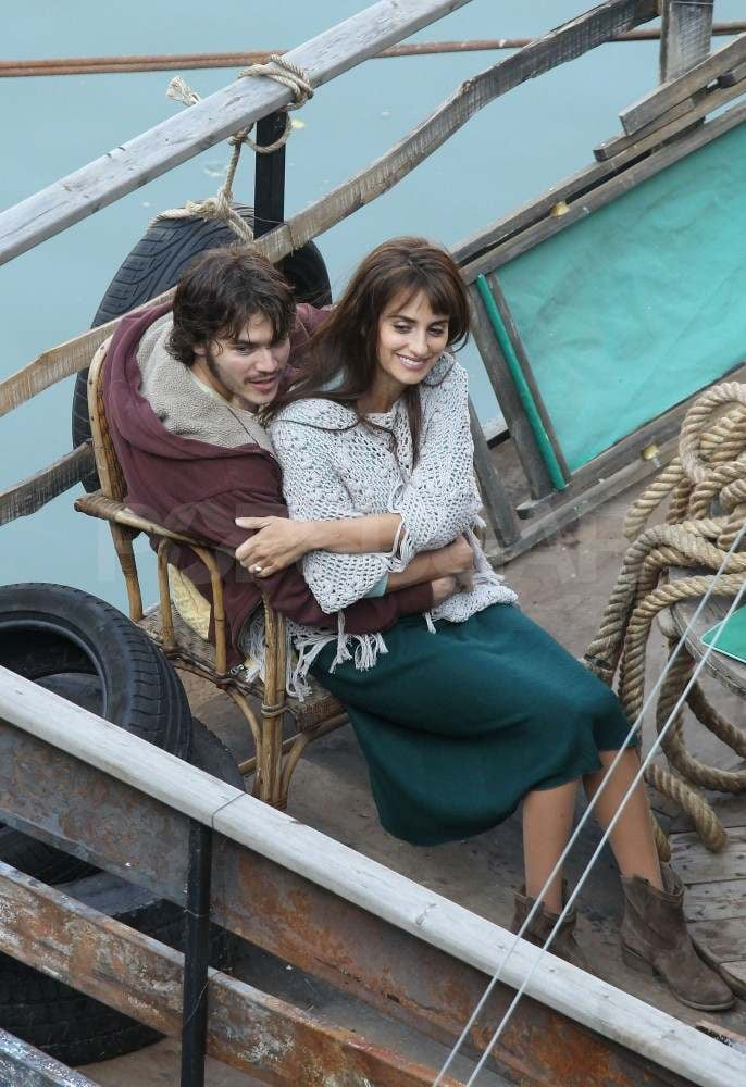 Penelope Cruz filming in Rome with Emile Hirsch.