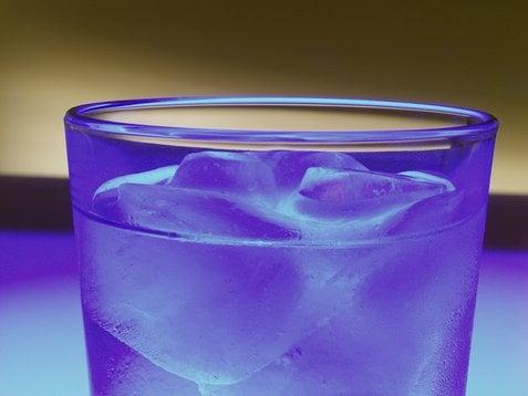 Happy Hour: Vodka Tonic