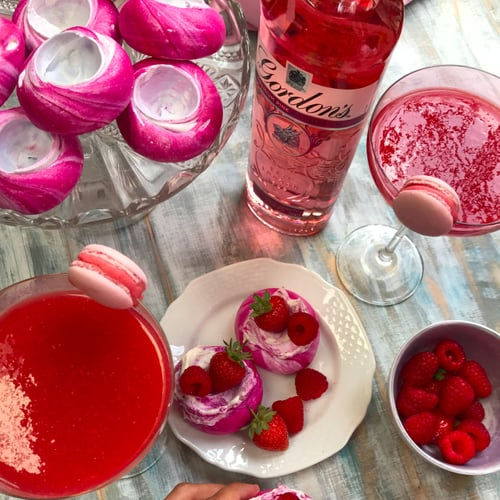 Pink Pavlovas With a Pink Fro-Gin Daiquiri
