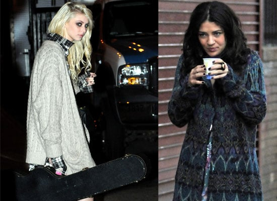 Gossip Girl Cast on Set