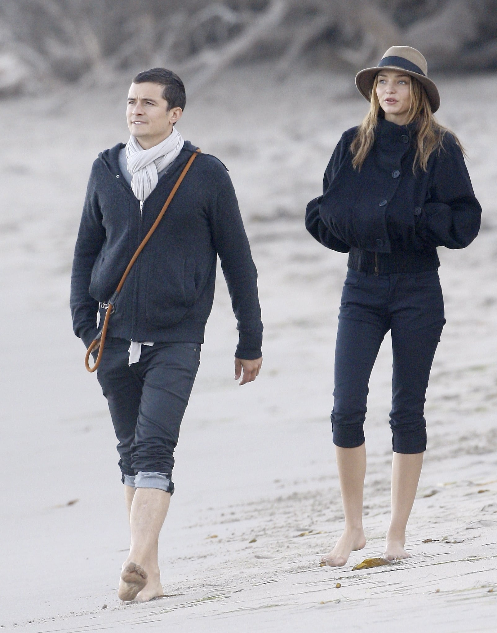 Photos Of Orlando Bloom And Miranda Kerr On The Beach -4324