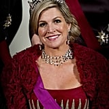 Queen Máxima welcomes the Belgian king and queen in Amsterdam.
