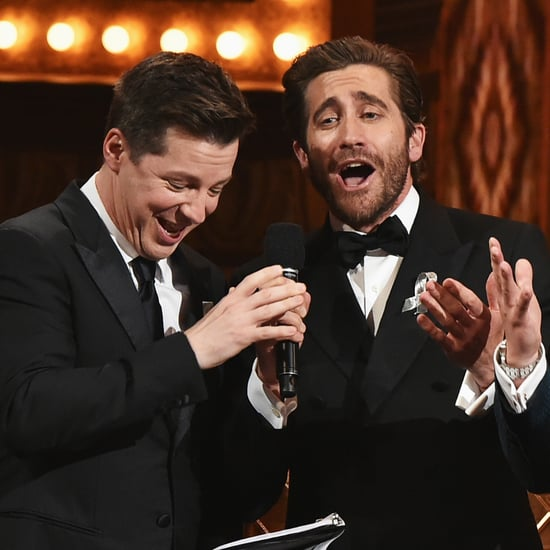 Jake Gyllenhaal Sings A Whole New World at Tony Awards 2016