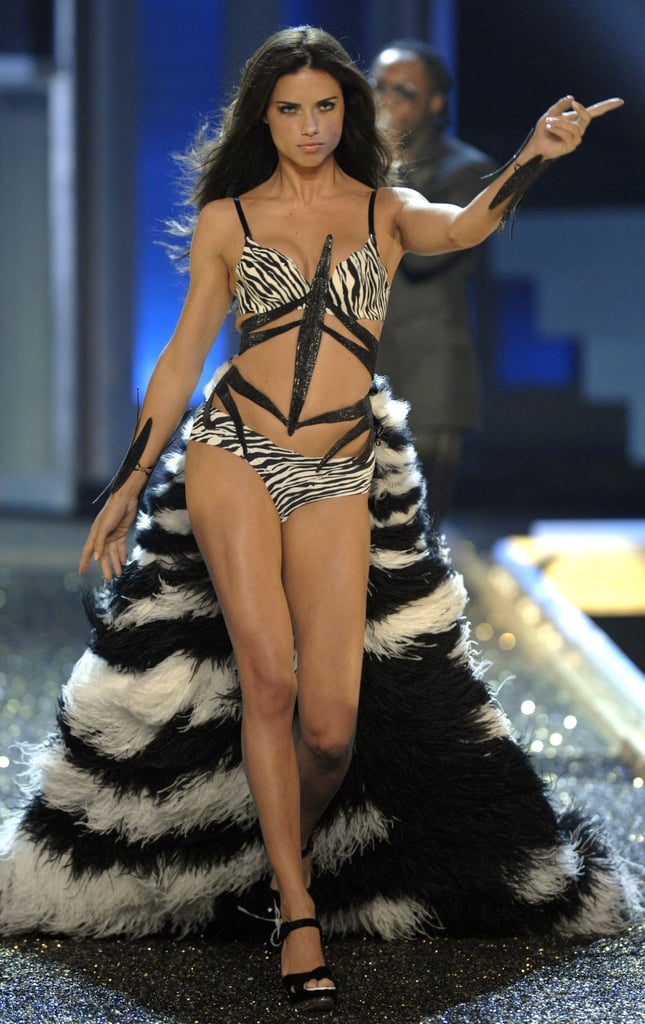 Adriana Lima Victoria's Secret Fashion Show Pictures