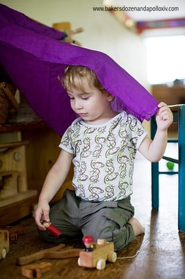How to Help Your Toddler Play Independently