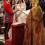William put the wedding ring on Kate at the altar.