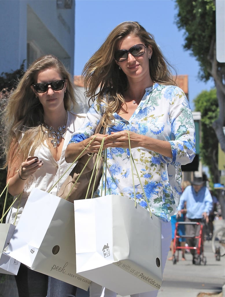 Gisele Bündchen and a friend went shopping.