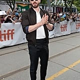 Chris Evans at the Knives Out Premiere