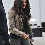 Jenna Dewan took a break between takes.