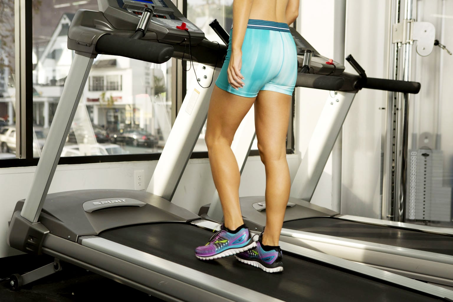 You'll Feel Like a Total Badass After This 20-Minute Treadmill Workout
