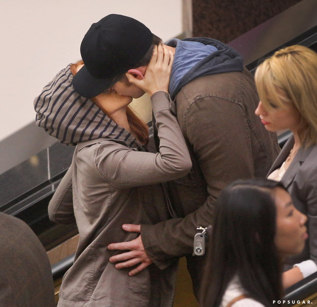Scarlett Johansson and Chris Evans shared a kiss while filming in Cleveland, OH.