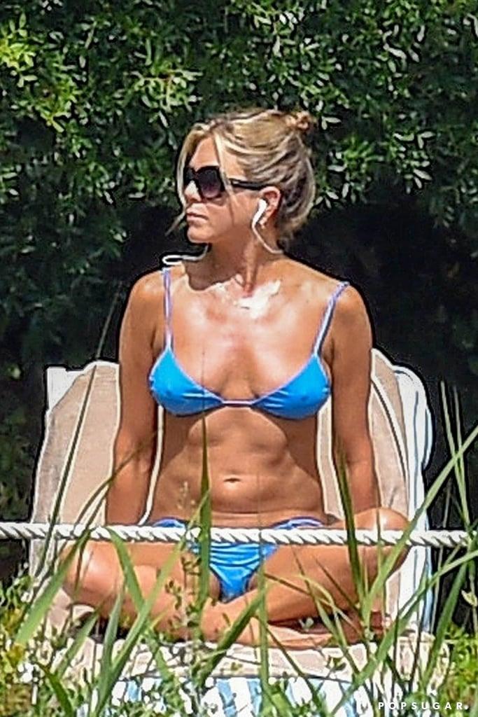 4f7c141a87766 Jennifer Aniston Bikini Pictures | POPSUGAR Celebrity