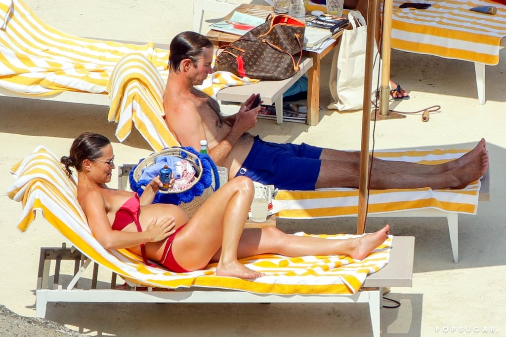 James and Pippa relaxed on their lounge chairs.