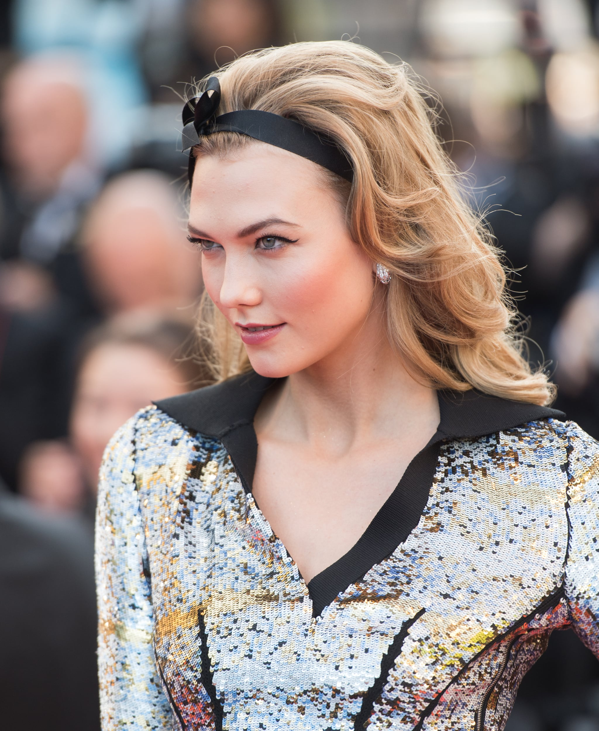 3 Grown-Up Ways to Wear a Ribbon in Your Hair