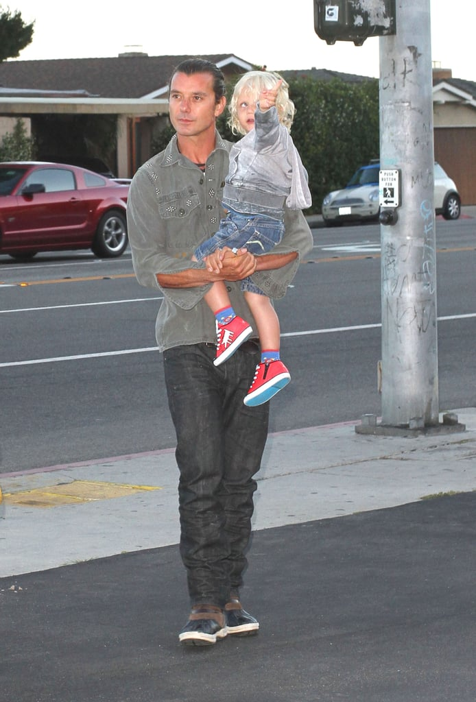 Gavin Rossdale carried his cute son Zuma Rossdale.