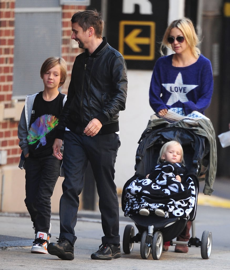 Kate hudson and matthew bellamy out in nyc popsugar celebrity kate hudson was accompanied by her fianc matthew bellamy and sons bingham and ryder voltagebd Image collections