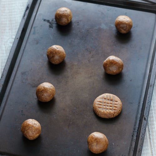 Simple Paleo Almond Butter Cookies