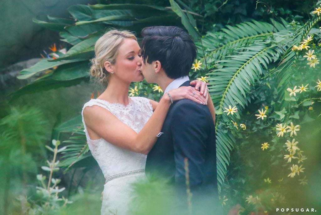 30 Rock's Katrina Bowden shared a wedding kiss with Ben Jorgensen.