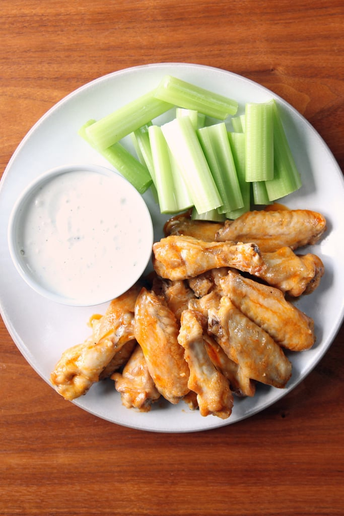 Buffalo Wings With Blue Cheese Dipping Sauce