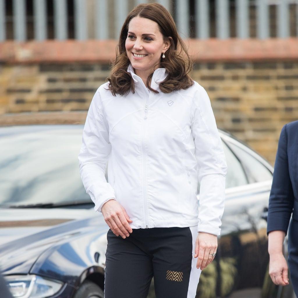 Kate Middleton Wearing Pearl Earrings