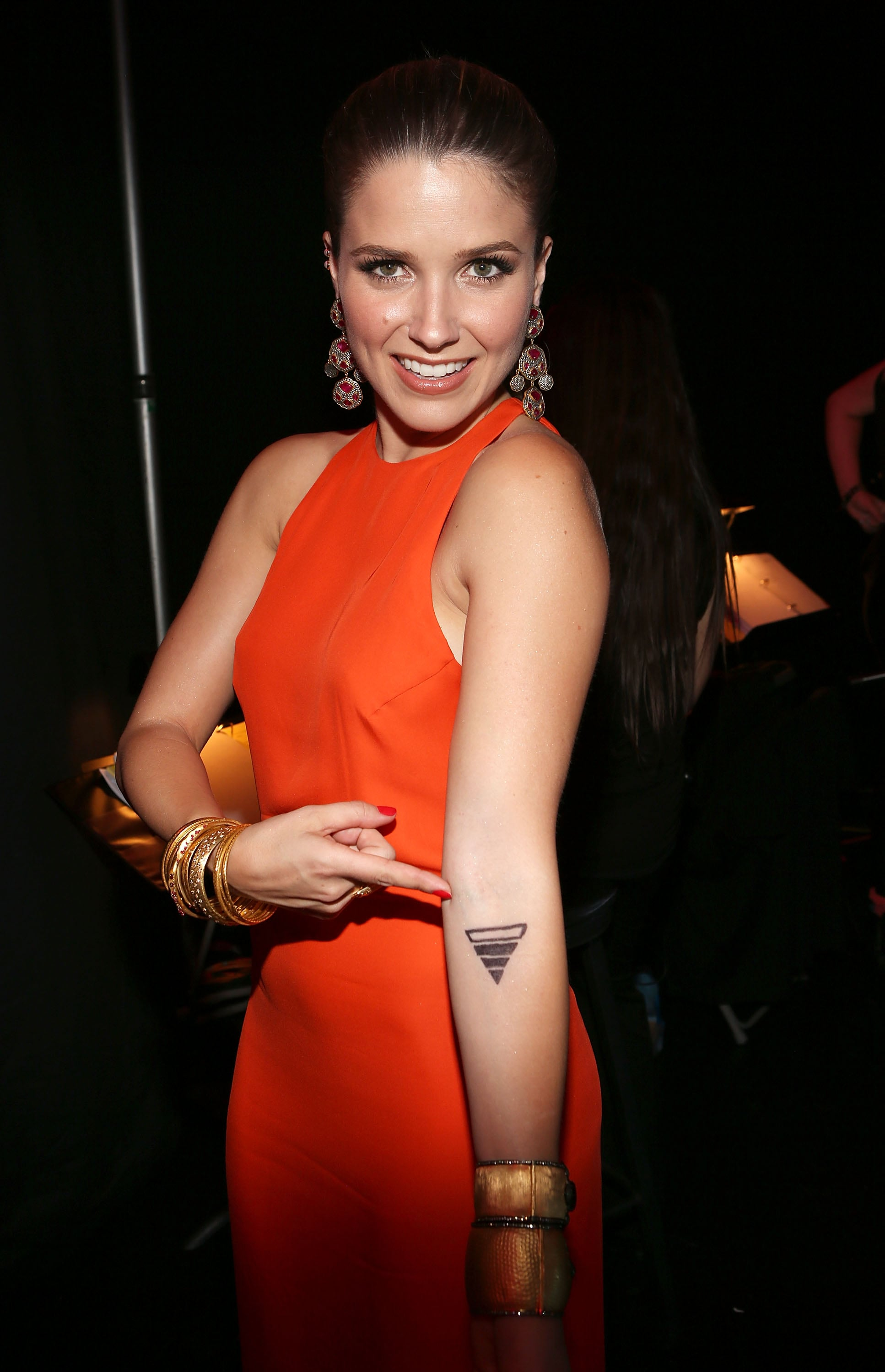 Sophia Bush showed off her tattoo at the Do Something Awards.