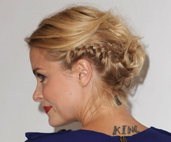 PopsugarBeautyJaime KingJaime King's Hairstyle at the 2010 TCAsGet Jaime King's Braided Updo StyleAugust 2, 2010 by Beauty180 SharesChat with us on Facebook Messenger. Learn what's trending across POPSUGAR.Even though braids are a classic style, there's always a new way to wear them. At a TCA party over the weekend, Jaime King sported this multibraided updo. It was sleek and polished in the front, but tousled and textured with plaits in the back. Get tips on how to style it yourself, along with more pictures, when you read more.Blow-dry hair using a round brush and a gel to enhance texture and shine, like Philip B. Hair Styling Gel ($19).Separate the hair into three sections: a horseshoe-shape top section (from the top of the temples to the crown), a middle section (from the temples to the occipital bone), and bottom (from the occipital bone down to the nape).Now, start styling the middle section. Create French braids on each side (starting at the temples) so that they meet in the middle of the back of your h - 웹