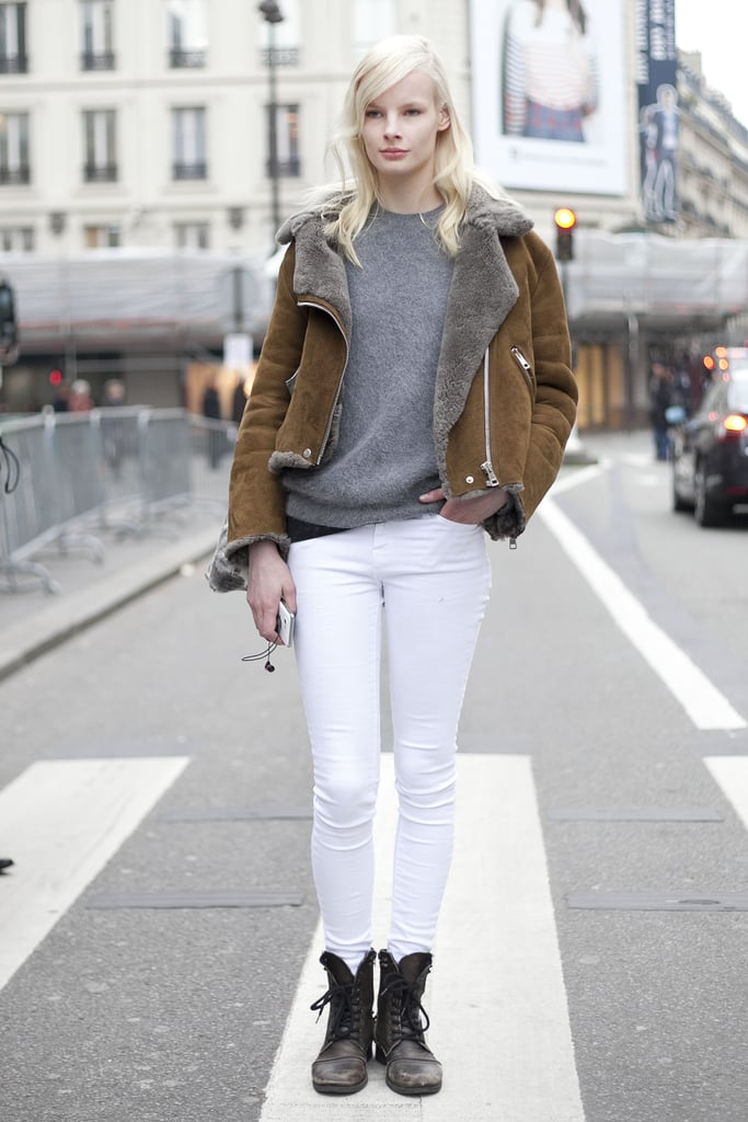This showgoer executed the perfect balance between a little grunge and something a little more refined, like that covet-worthy jacket and sleek white pants.