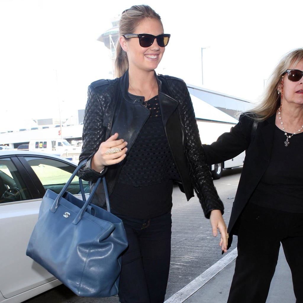 Kate Upton 39 S Airport Style Popsugar Fashion