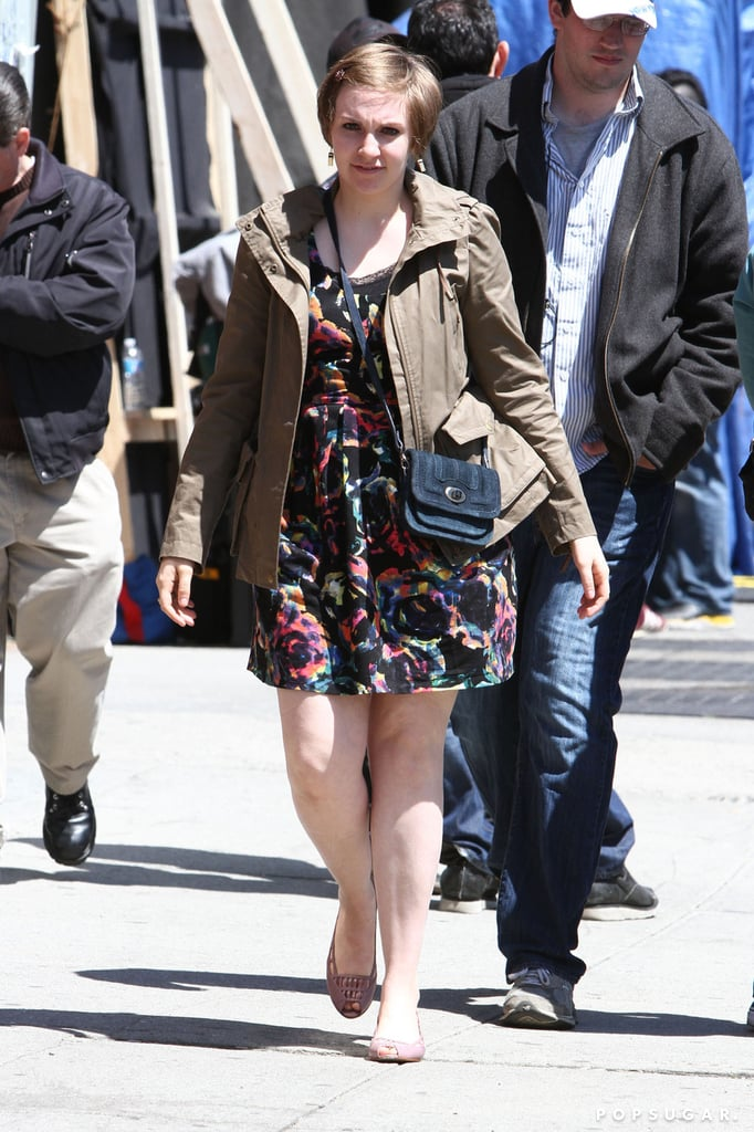 Lena Dunham shot scenes for the third season of Girls in NYC.