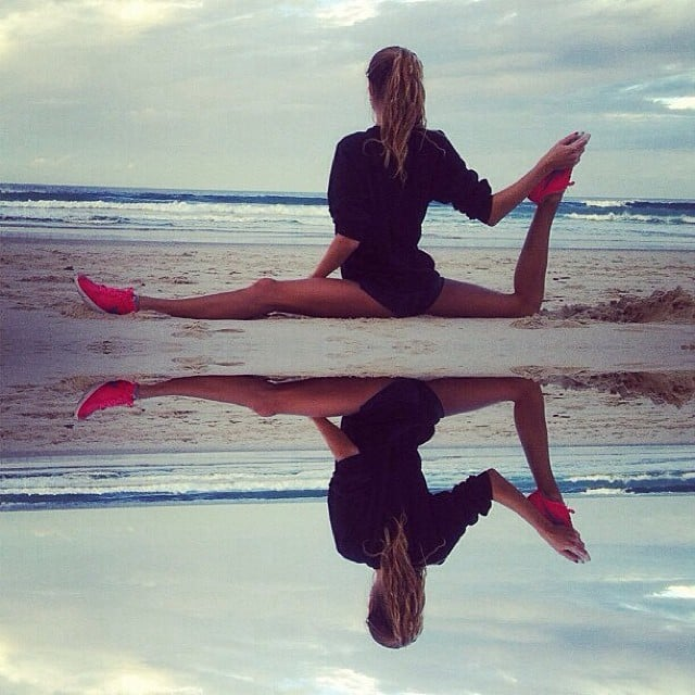 We're all on a challenge to do the splits  | Healthy and