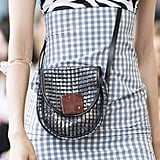 Ways to Hold Your Bag Spring 2019