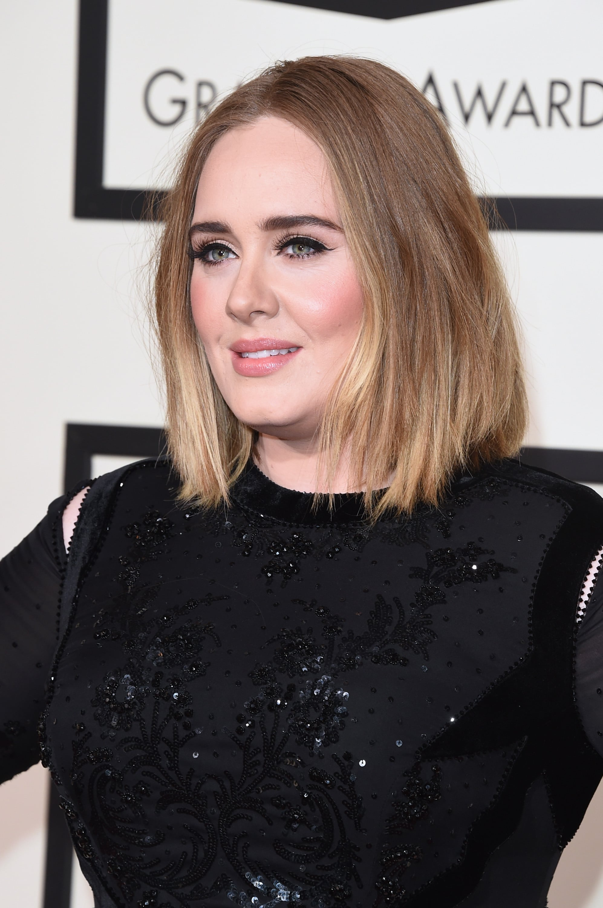 Adele Hair And Makeup At The 2016 Grammy Awards Popsugar Beauty