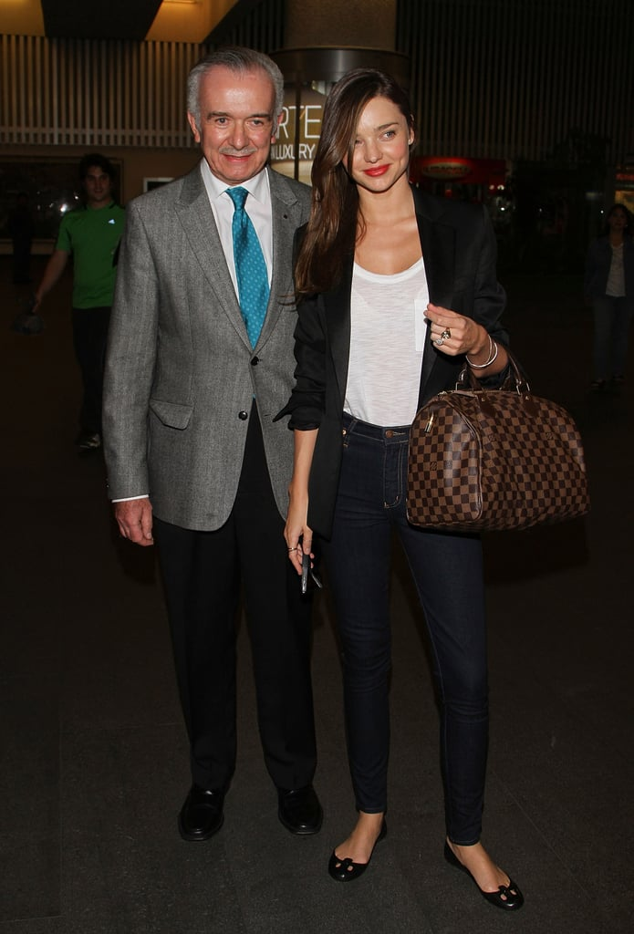 Miranda Kerr made a stylish arrival at the airport in Mexico City last night. She greeted fans and posed with the Liverpool department store's public relations director Eduardo Mallet after landing. Miranda spent most of last month in her native Australia, where she modeled for David Jones, showed off her Kora Organics line, and hung out with baby Flynn. Miranda and Flynn also traveled to New Zealand to visit Orlando Bloom, who was on location filming The Hobbit. He's also been prepping for the October release of The Three Musketeers and chatted with Australia's The Today Show about the project and his family of three.