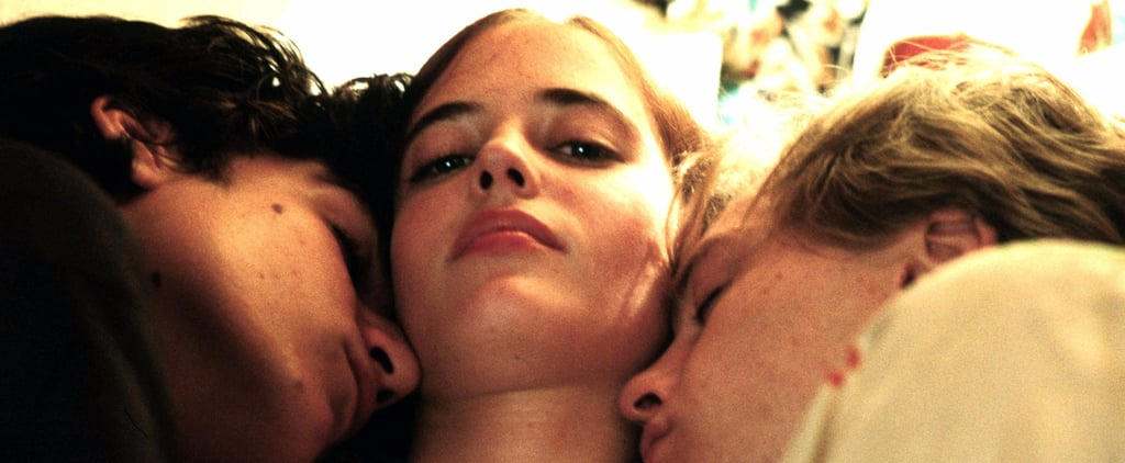 12 of the Hottest Threesome Scenes, Shown in GIFs