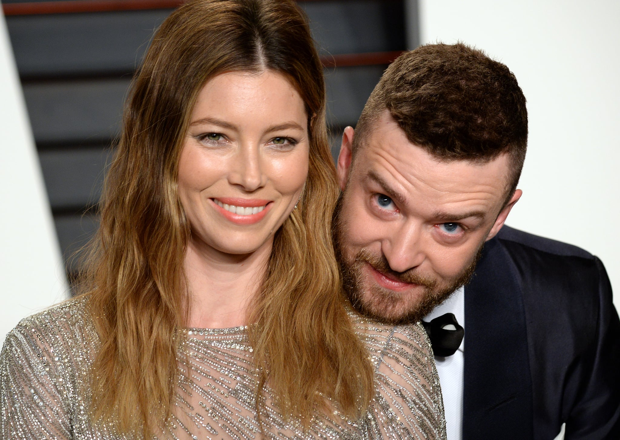 BEVERLY HILLS, CA - FEBRUARY 28:  Jessica Biel and Justin Timberlake attend the 2016 Vanity Fair Oscar Party hosted By Graydon Carter at Wallis Annenberg Center for the Performing Arts on February 28, 2016 in Beverly Hills, California.  (Photo by Anthony Harvey/Getty Images)