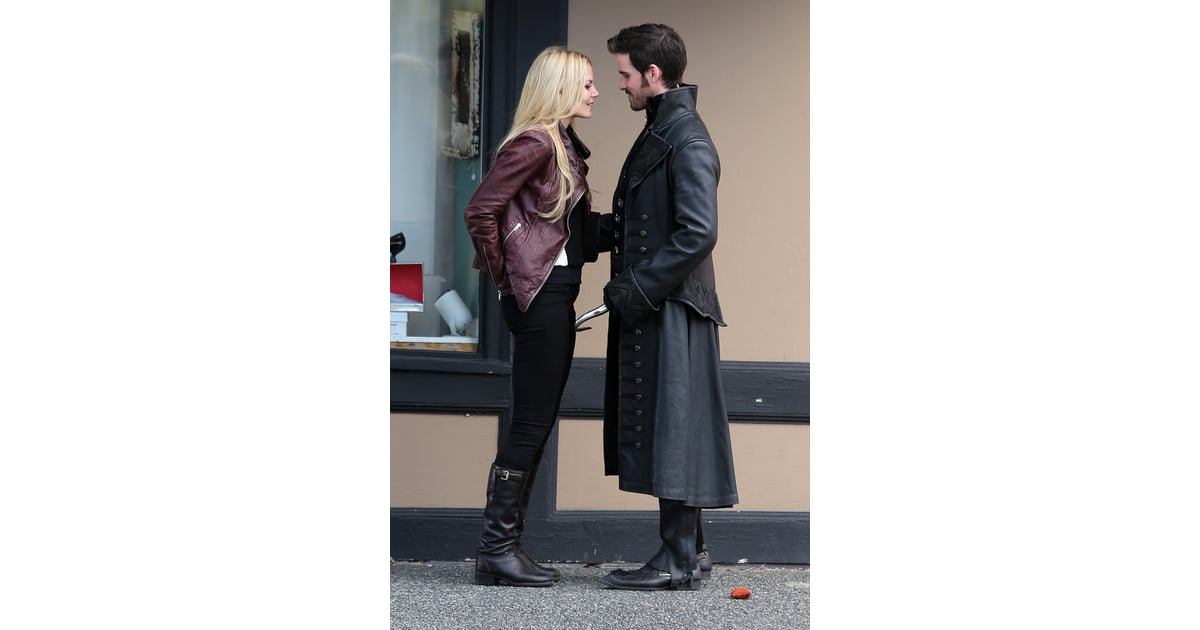 once upon a time season 3 hook and emma youtube Watch video clips and the latest episodes of abc's once upon a time free online roni and lucy discuss a plan to get henry together with his old friends hook and jack, so he won't be so lonely emma's sacrifice and gold's choice 03:58.