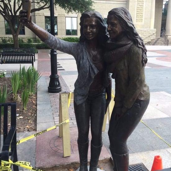Selfie Statue in Texas