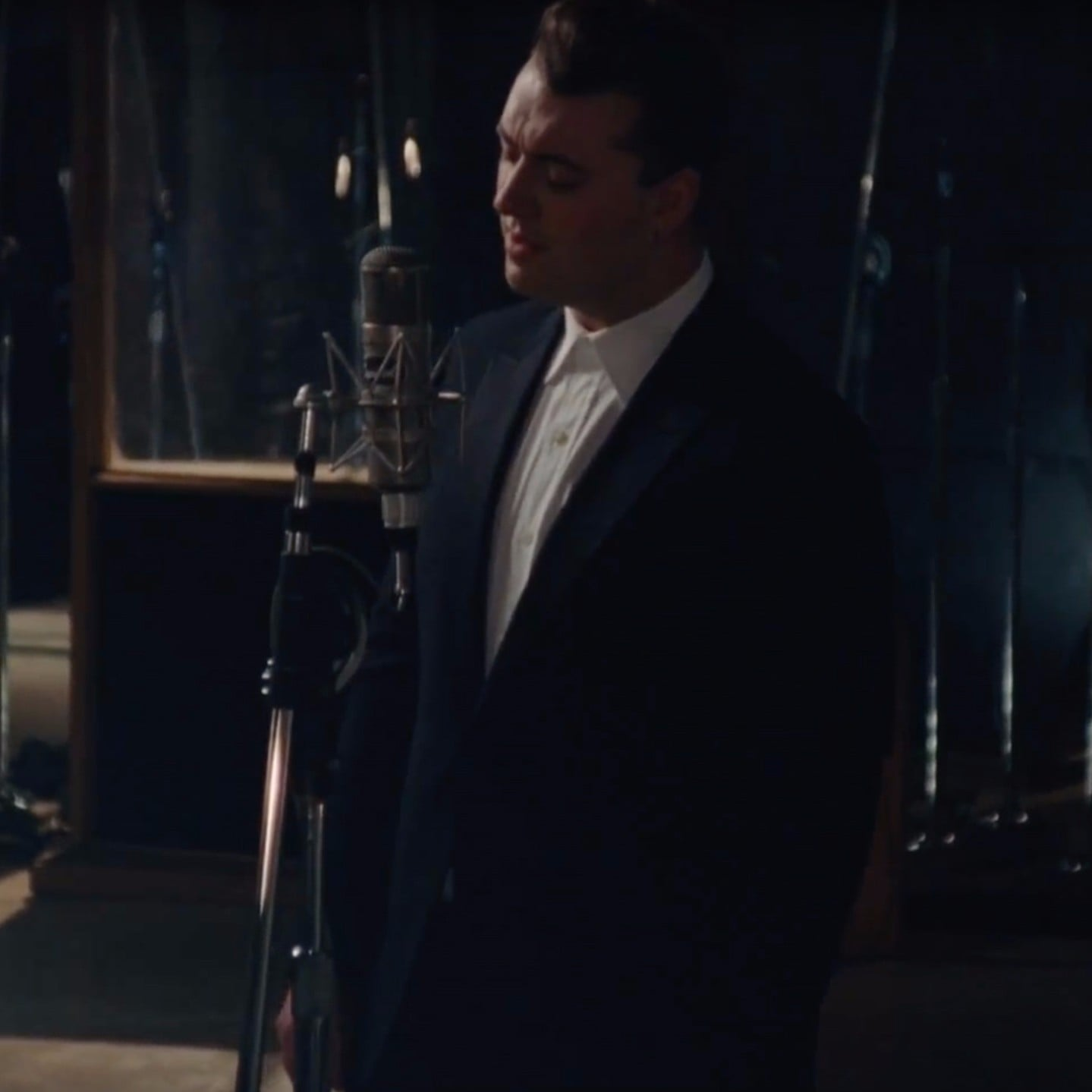 Sam Smith Have Yourself A Merry Little Christmas.Sam Smith Have Yourself A Merry Little Christmas Video