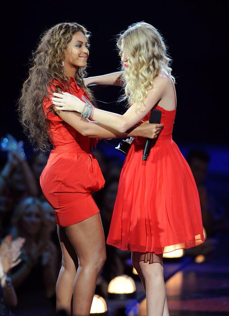 Taylor Swift and Beyoncé at the 2009 VMAs