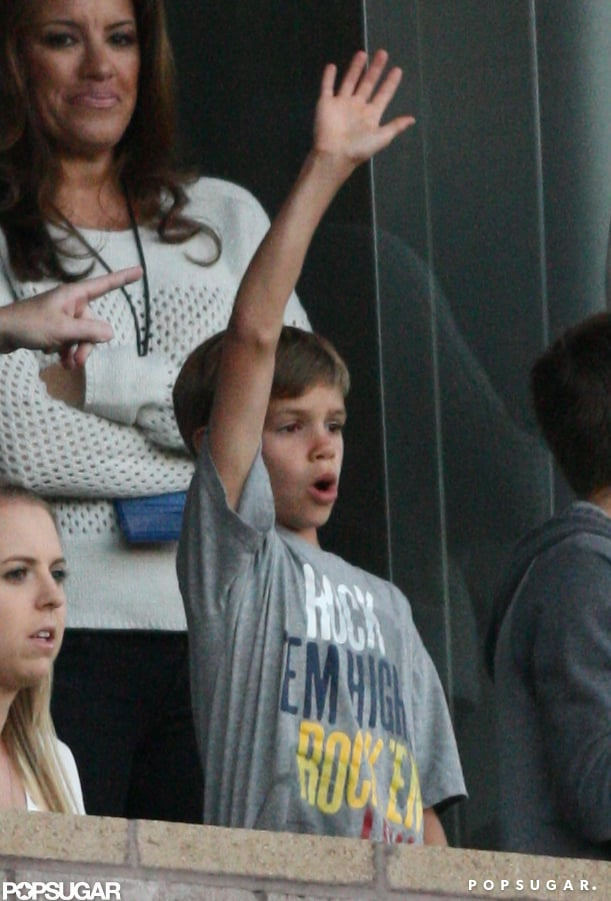 Shirtless David Beckham Has His Boys Cheering While Victoria Takes Off From LA