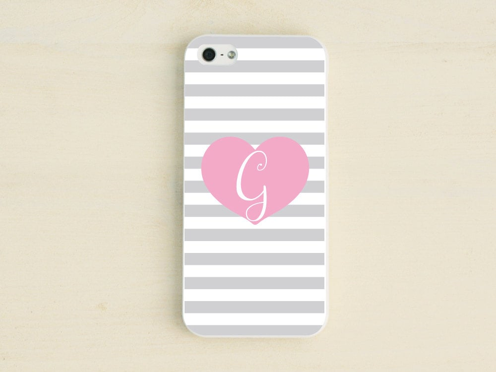 Monogrammed heart iPhone case ($17)