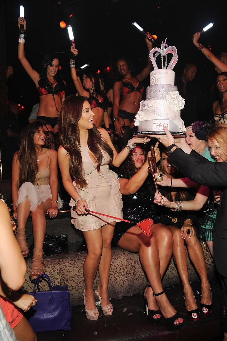 Kim kardashian partied at tao in las vegas kim for Bachelorette party places to go