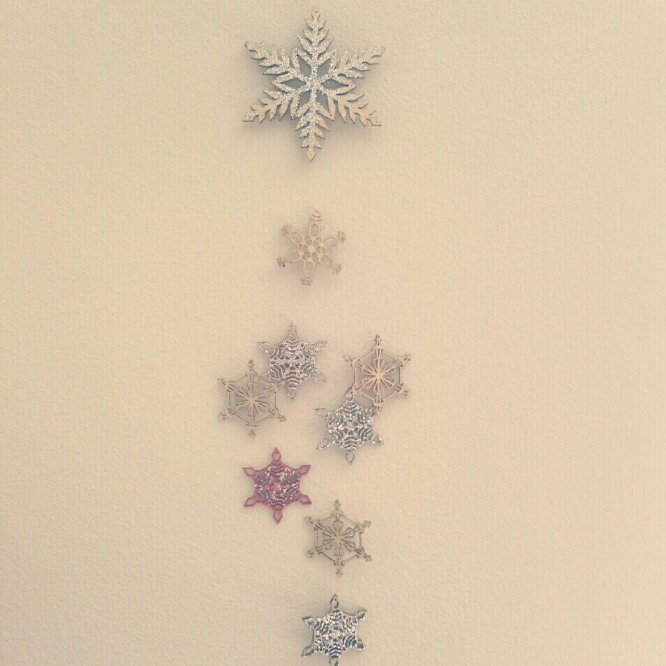 Dreaming Tree Shop's Snowflake Mobile