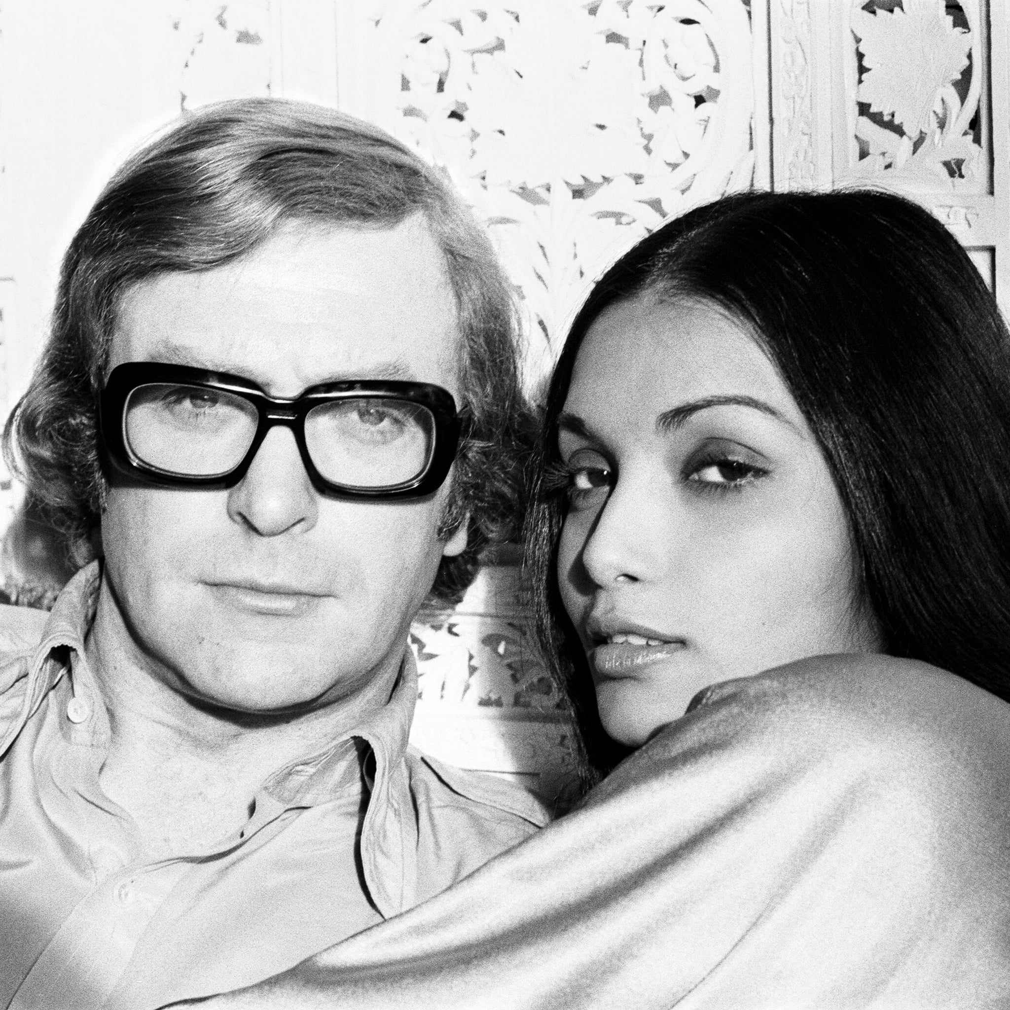 How Michael Caine Met Wife Shakira Popsugar Celebrity