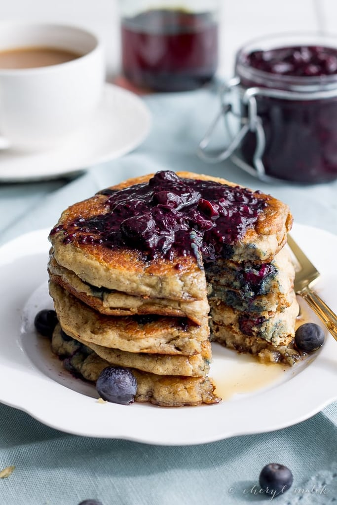 how to make flourless blue berry banana pancakes