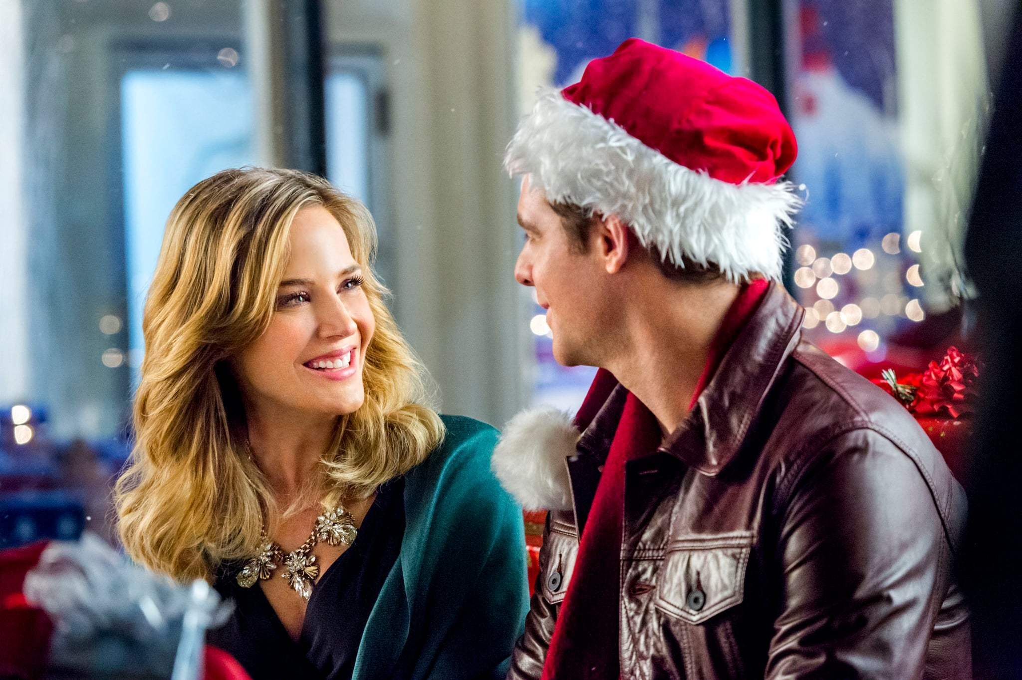 CHARMING CHRISTMAS, from left, Julie Benz, David Sutcliffe, 2015, ph: Brooke Palmer,  Hallmark Channel / courtesy Everett Collection
