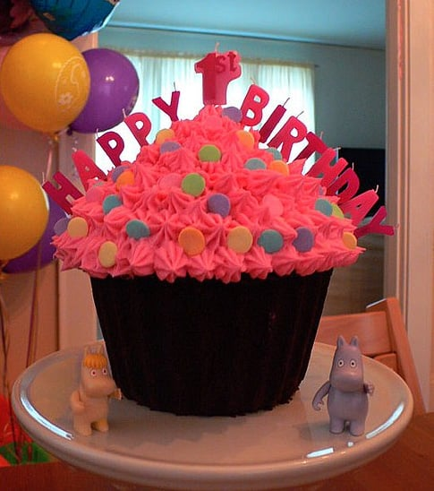 One Giant Cupcake First Birthday Cake Ideas and Inspiration